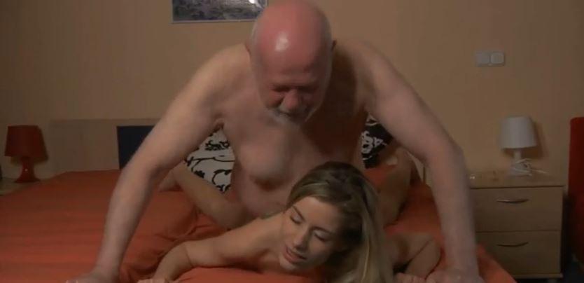 porno vieux jeune gratuit